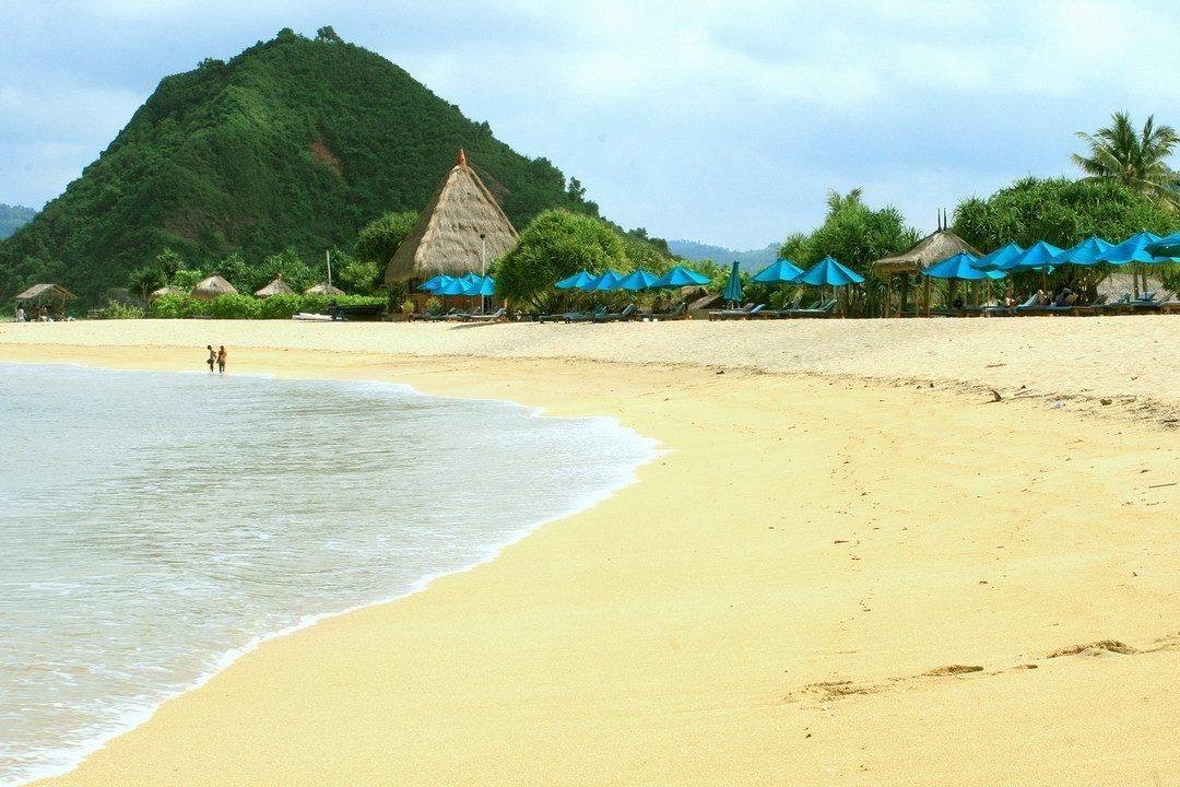 Pantai-Kuta-Lombok