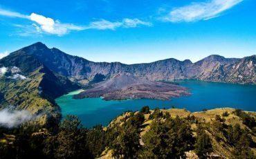 Beberapa Obyek Wisata Danau yang Bisa Dilihat dengan Melakukan Pendakian