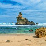 Lokasinya yang Masih Sepi Pengunjung, Ketiga Pantai di Pacitan Ini Sangat Cocok Dijadikan Sebagai Beach Camp
