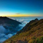 Panorama Keindahan Gunung Rinjani dari Desa Sembalun