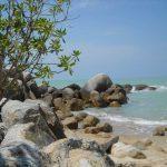 Pantai Teluk Uber yang Sayang Sekali Untuk Dilewatkan Ketika Berkunjung ke Bangka Belitung