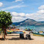 Pantai Situngkir, Keindahan Pasirnya yang Berkilau Saat Terkena Sinar Matahari